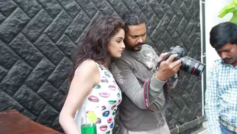 Asmitha Sood  photo shoot Behind the scenes